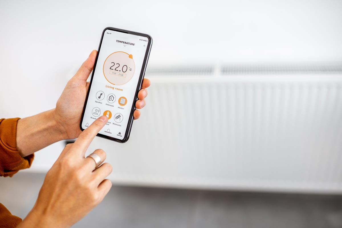 Controlling electric radiator with smartphone